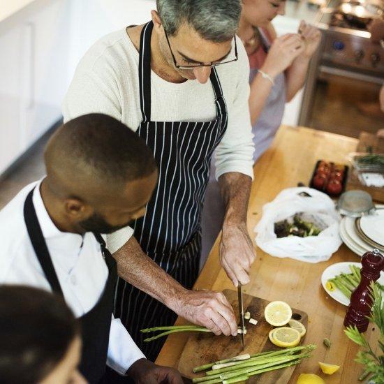 Conheça 7 vantagens de ser cozinheiro.jpg